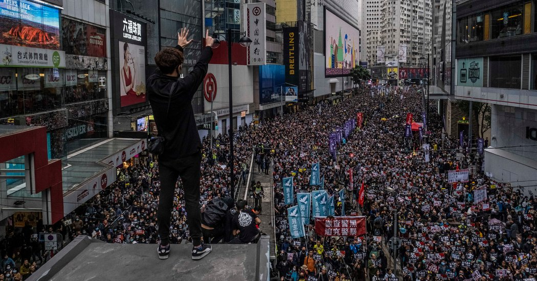 Hong Kong Protesters Return to Streets as New Year Begins