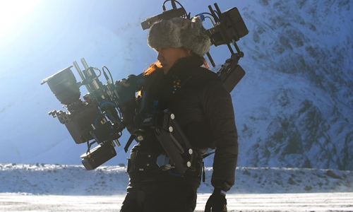 China's only female Steadicam operator still chasing her dreams